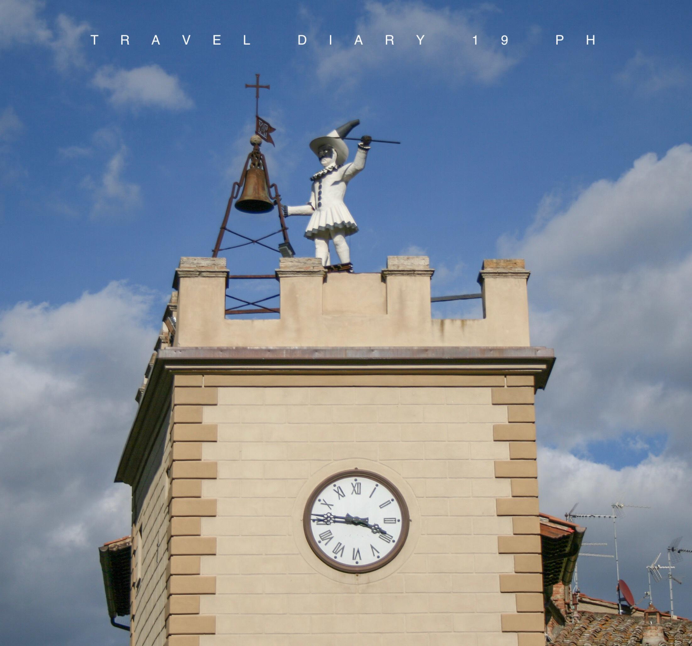 La torre con l'orologio di Montepulciano