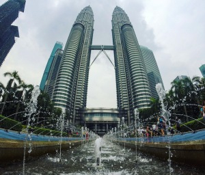 Le Petronas Twin Towers in Malesia ad agosto
