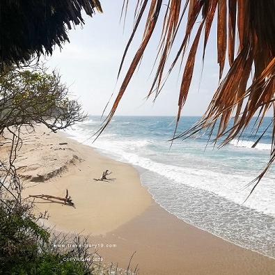 Spiaggia e mare colombiano