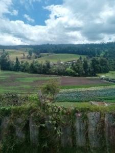 paesaggio di strada tra Bogotà e Medellin