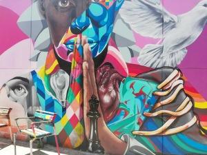 murales alla Comuna 13, quartiere di Medellin