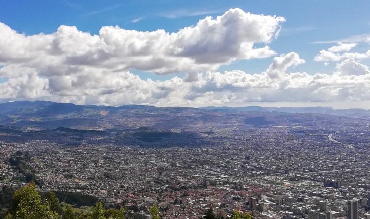 paesaggio di Medellin, città della Colombia di Escobar
