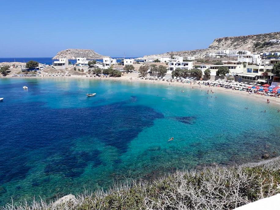 Spiaggia dall'alto di Karpathos nel Dodecanneso